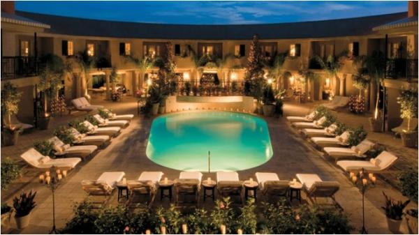 Hotel-ZaZa-Pool-Night`